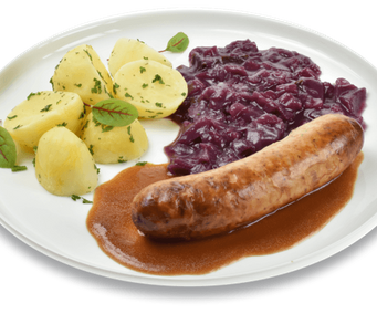 Red cabbage with wurst