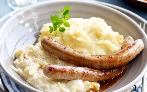Chipolata with White Cabbage and mashed Potatoes